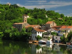 zicht op Penne d'Agenais